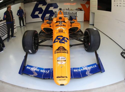 Rain delay, electrical issue hit Alonso's return to Indy