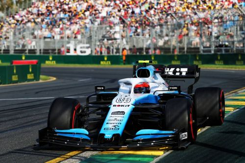 Why was Kubica seized with panic on the grid in Melbourne?