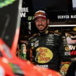 Martin Truex Jr. s'impose dans l'adversité au Kansas