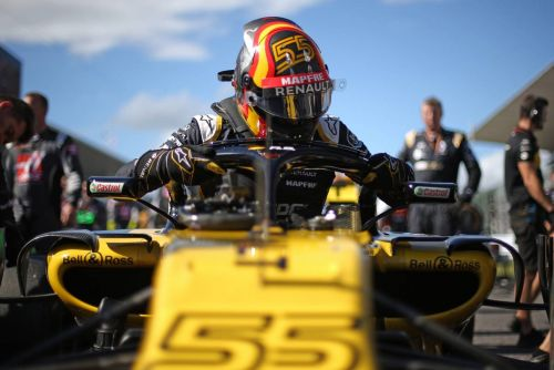 Spirited Sainz returns to scene of 'memorable' Renault debut