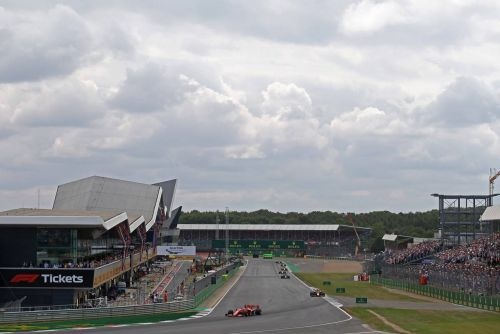 Vettel: No need for F1 to go into 'fancy' cities