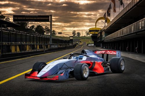 Australian GP adds new S5000 series to 2020 support bill