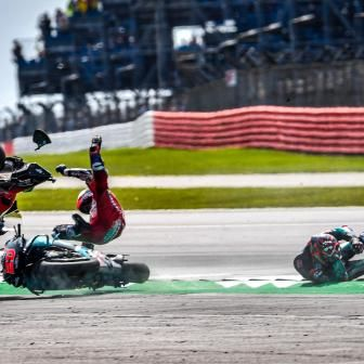 L'incident Quartararo - Dovizioso en images