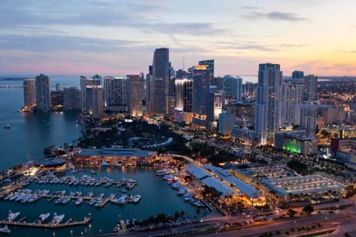 Carey insists that Miami GP plans 'not scrapped'