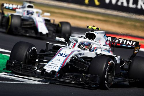 Lowe expects pain as Williams find 'more and more problems'